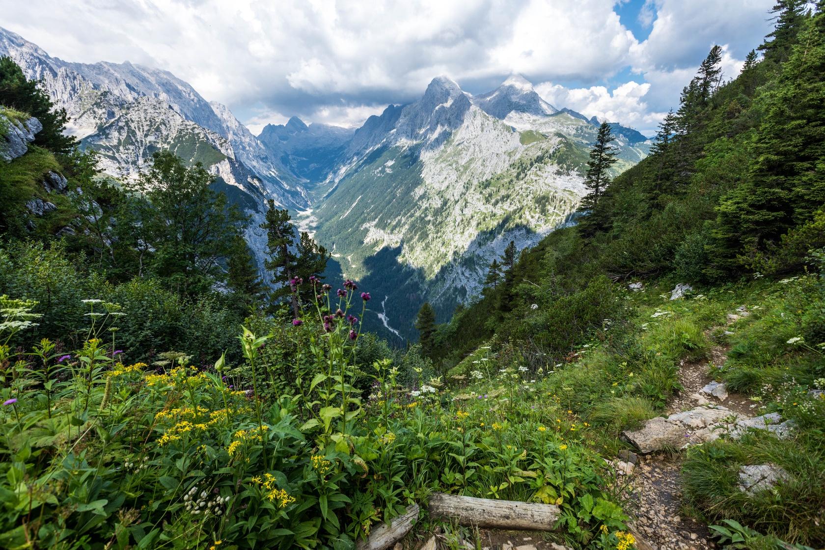 Spitzenwanderweg Reintal Zugspitzmassiv