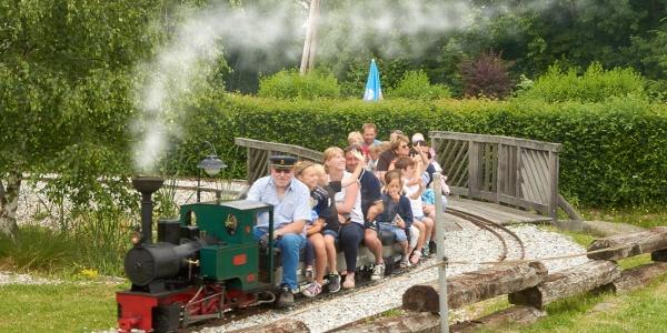 Kinderparadies Wirtshaus zur Minidampfbahn