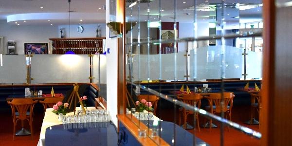 Innenraum des Restaurants im Hotel Falkenstein
