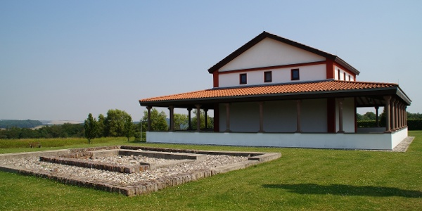 Tempelanlage 2