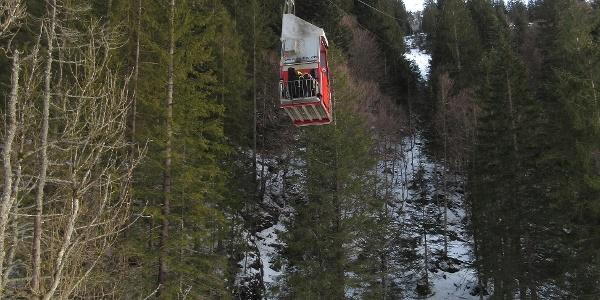 Abfahrt der Luftseilbahn Chäppeliberg-Spilau