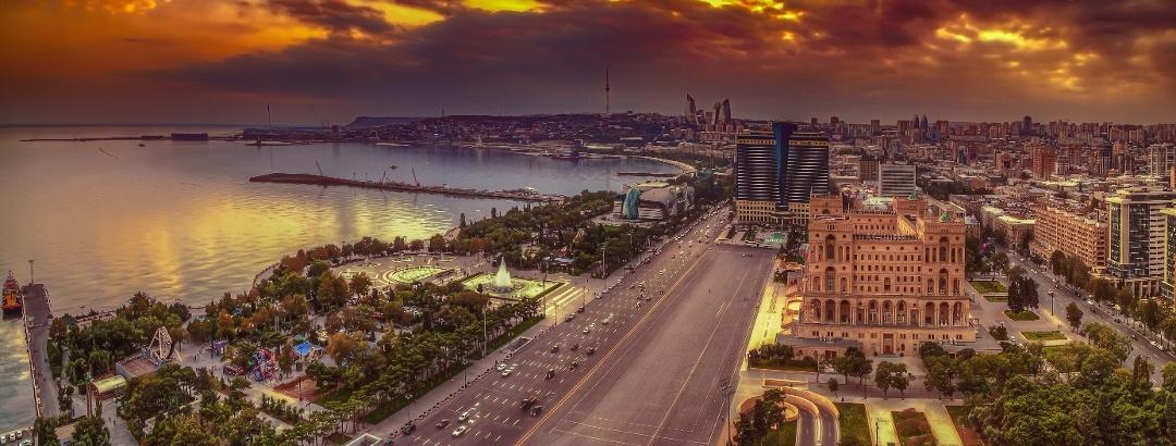 Взгляд на столицу Азербайджана, Баку