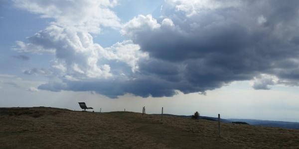 Ein Gewitter zieht auf am Herzogenhorn