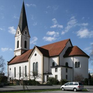 Katholische Pfarrkirche Heiliger Georg 1