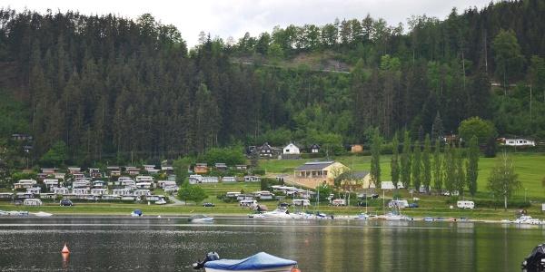 Blick auf den Campingplatz Saalthal-Alter