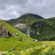 Annäherung an den Wasserfall