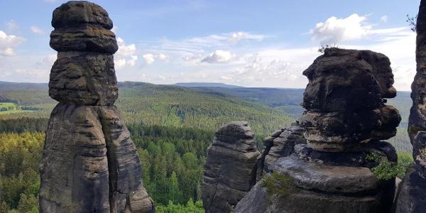 Barbarine und weitere Felsnadeln