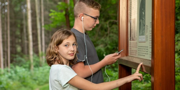 Hör- und Infostationen entlang des Hexenweges