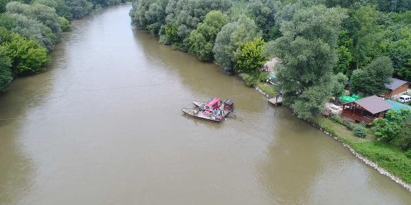 Tinek's Ferry