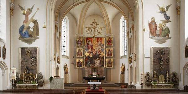 Innenansicht der Pfarrkirche St. Stephan