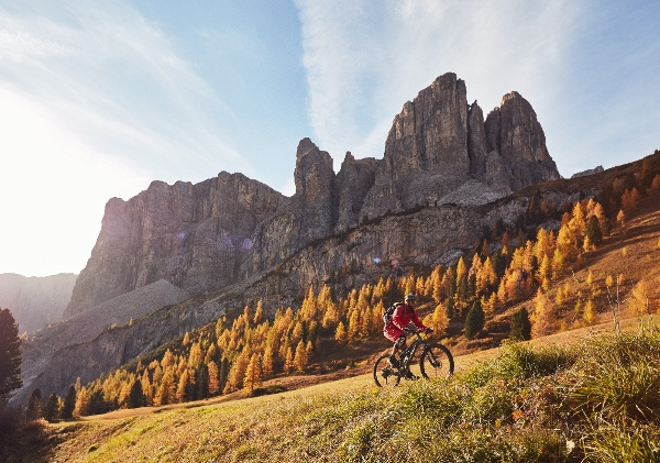 Mountain bikers in the Dolomites