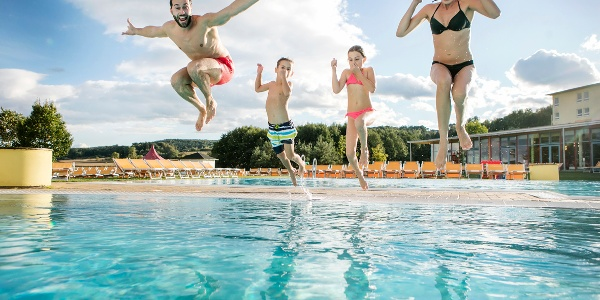 Spaß im H2O Hotel-Therme-Resort