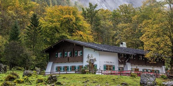 Berggaststätte Saletalm im Herbst