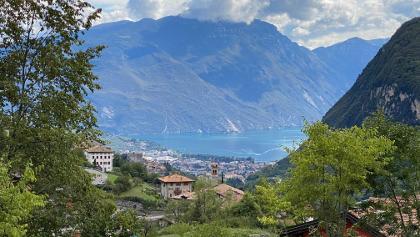 Blick auf Riva und Gardasee
