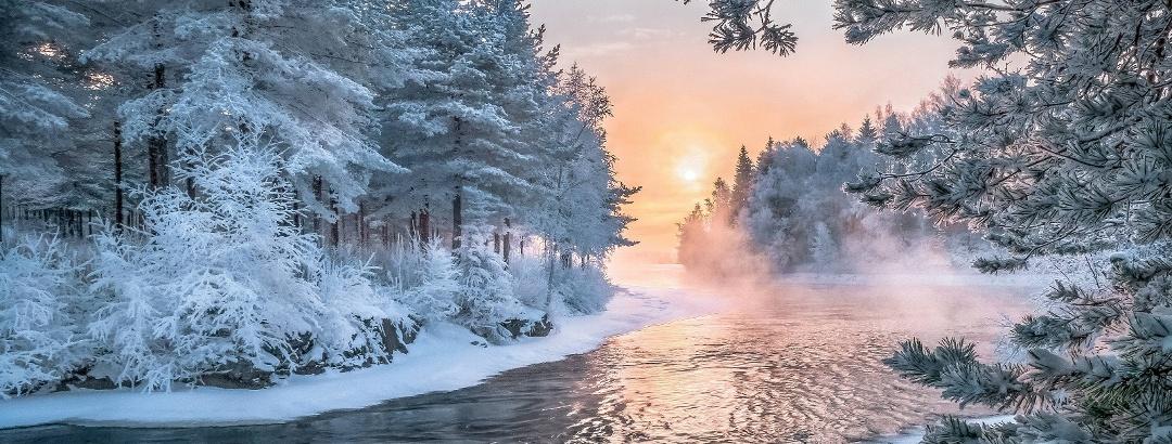 Finnische Seenplatte im Winter