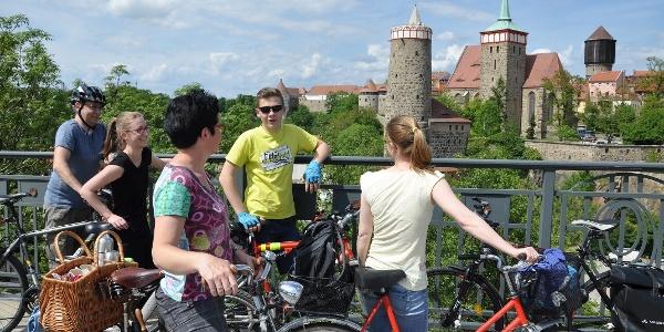 Blick von der Friedensbrücke auf Bautzens Altstadtpanorama