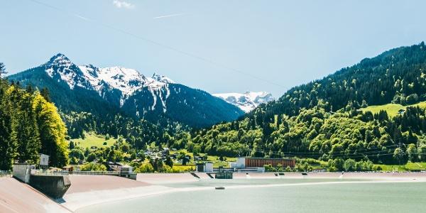 Blick zur Tschaggunser Mittagsspitze und Sulzfluh