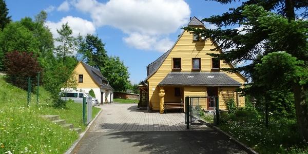 """Eingang Ferienwohnungen """"Zur Talsperre"""""""