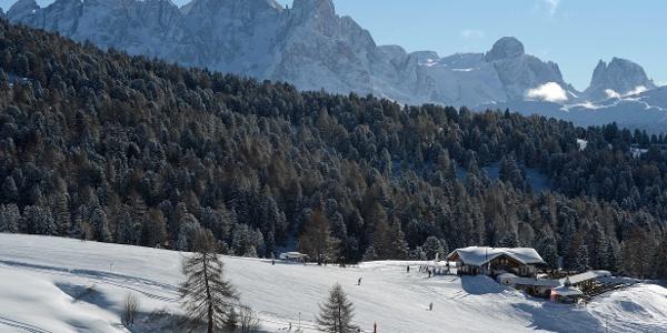 Ciamp dele Strie hut and Pale di San Martino