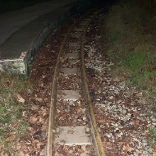Die Liliputbahn wird bei der Station Stadion gequert