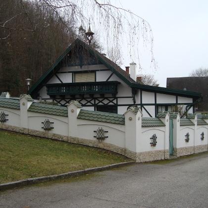 Knapp vor dem Schlossweg