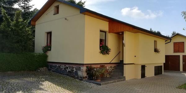 Hofseite Ferienhaus Koch