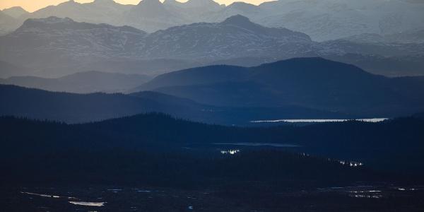 View from Skarvemellen towards Bitihorn and the Gjende Alps.