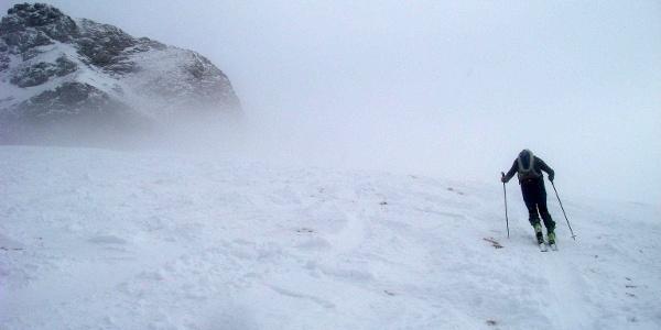 Die letzten Meter bis zum höchsten Punkt der Hohen Rossfelder