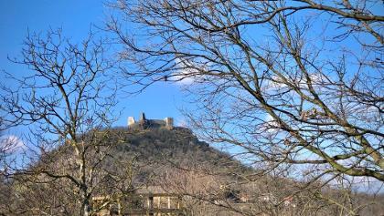 A vár a szomszéd hegyről