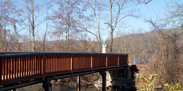 Brücke über die Wehramündung