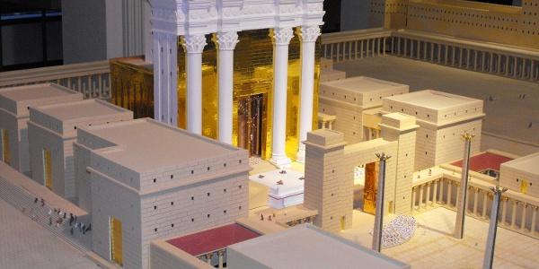 Jüdischer Tempel als Modell in der Ausstellung in Reichenbach