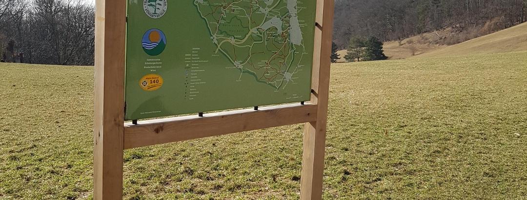 Start im Naturpark Föhrenberge