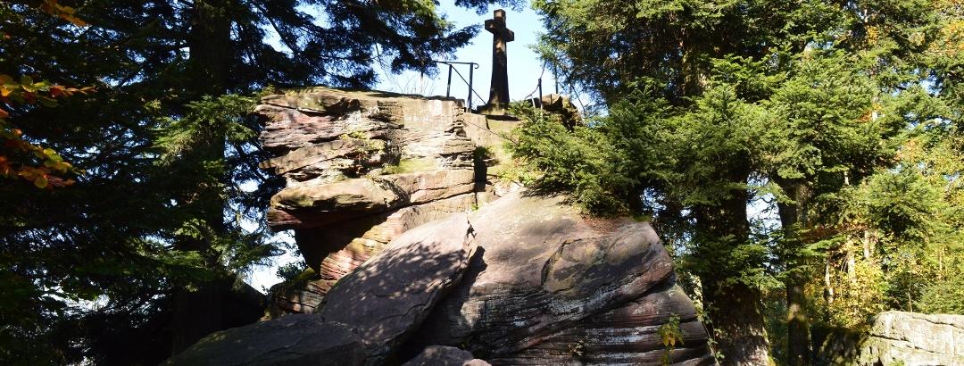 Gipfelkreuz am Bernsteinfelsen
