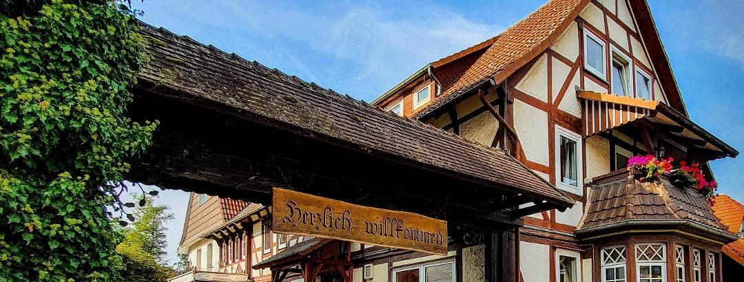 Hotel Einfahrt - Landhaus Biewald