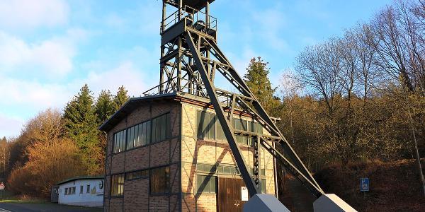 Grimberg Förderturm in Niederdielfen
