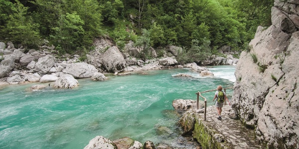 Trnovo ob Soči, trail along the Soča river