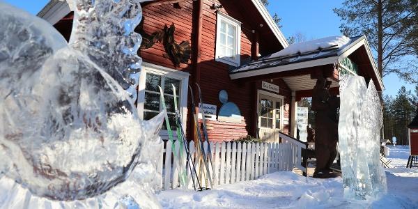 Talvisin Tapion Tuvalta on suora yhteys Kalajoen latuverkostoon.