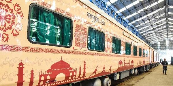 भारत की महापरिनिर्वाण एक्सप्रेस बौद्ध टूरिस्ट ट्रेन।