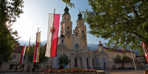 Ein Meisterwerk der barocken Baukunst, der Dom zu Brixen. Die Route führt daran vorbei.