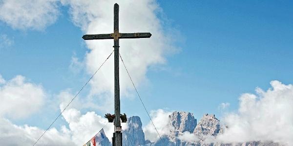Das Gipfelkreuz des Strudelkopfs
