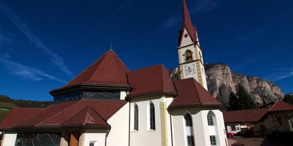 """Die Pfarrkirche """"Maria Hilf"""" in Wolkenstein"""