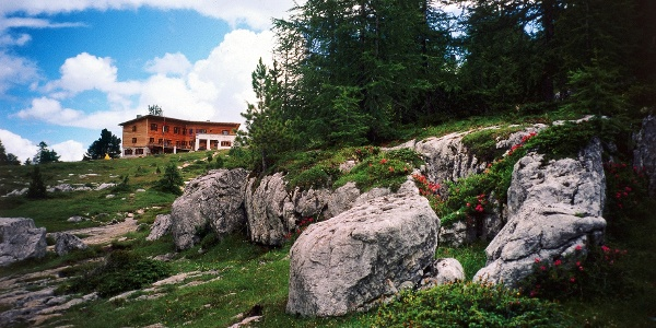 The well known mountain resort Alpe di Fanes.