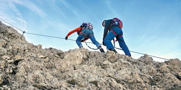 Sehr schwieriger Klettersteig, der allerdings ausgezeichnet gesichert ist