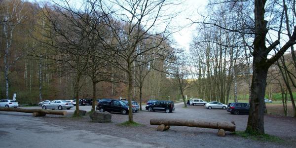 Parkplatz unterhalb Hohenstein