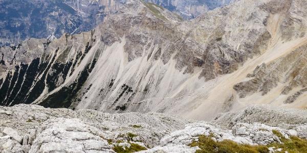 Großartige Dolomitenwanderung durch das Val de Fanes auf das St. Antonius Joch.