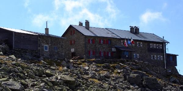Die Landshuter-Europahütte ist der Startpunkt zum Europa Höhenweg.