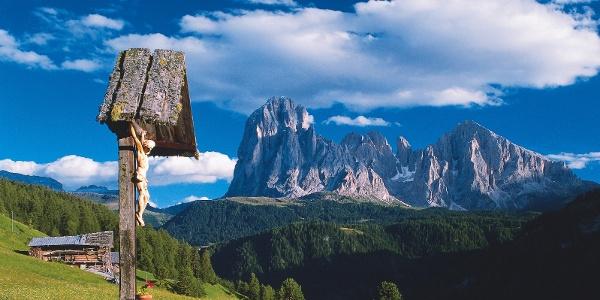 Von St. Ulrich in Gröden geht es hinauf auf die Raschötz.