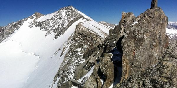 Gipfelgrat zur Hohen Weißzint im Tauferer Ahrntal.