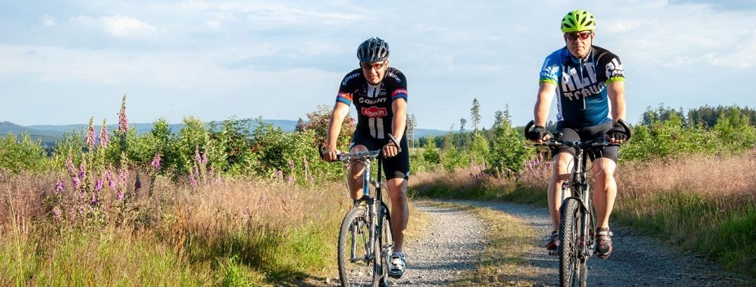 Radfahrer auf Weg