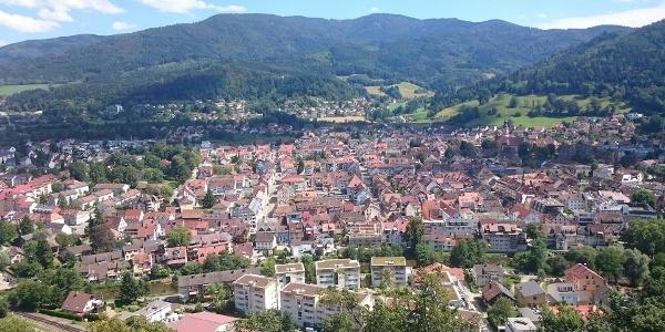 Blick über Waldkirch zum Kandel